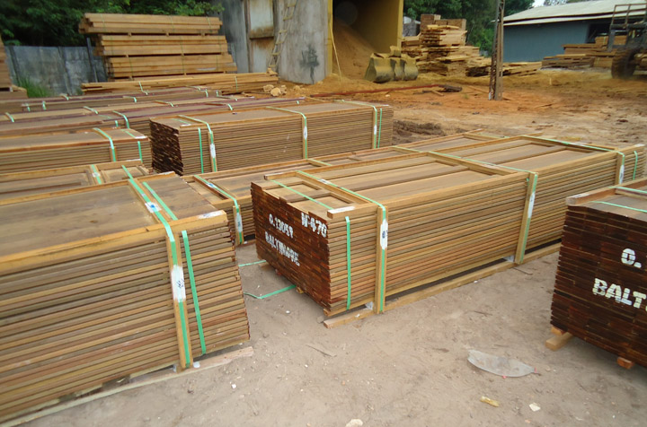 ipe boards in lumber mill